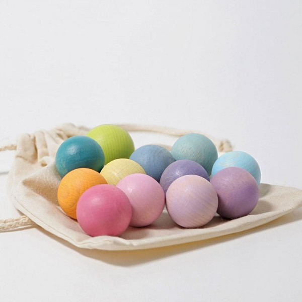 kleine houten ballen pastel