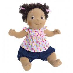 Knuffelpop Mimmi met kleurig bloesje en short